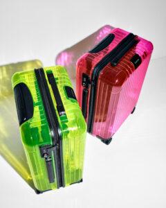 RIMOWA NEON 2色のスケルトンスーツケースリリース!