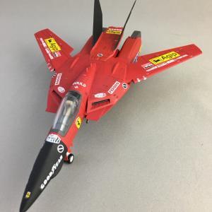 1/72 VF-1Sバルキリー (フェラーリver)