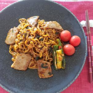オススメ「ダイソーの技ありアイテム」チャパグリ作りや韓国炒め麺に最高な使い勝手!