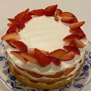 またケーキ