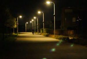 街燈下(街燈の下:劉家昌演唱)