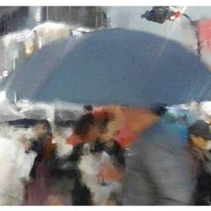 Rhythm Of The Rain (邦題: 悲しき雨音)