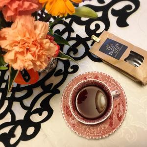 英国アランドル「Tea and Biscuit Club」紅茶でクリームティー