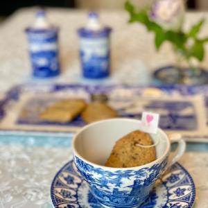 「レディグレイ・ティーバッグビスケット」ティーバッグ型の紅茶クッキー