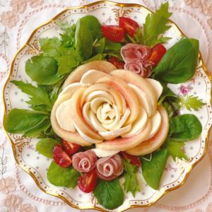 桃とモッツァレラの薔薇サラダ 桃③