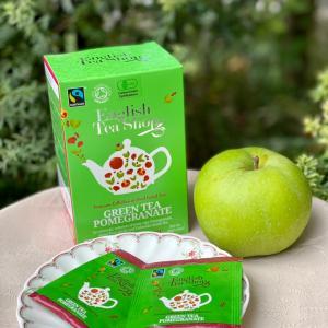 オーツケーキと英国フェアのりんごのお茶