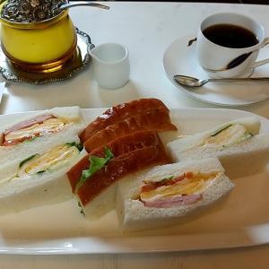 ミックスサンドのコーヒーセット 神戸市中央区日暮通6丁目 喫茶ハロー