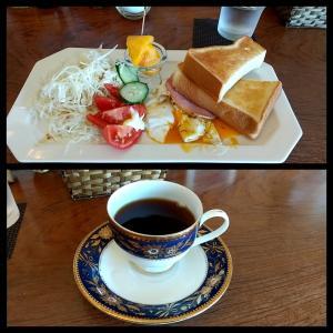 和歌山市の四箇郷(しかご)地区のカフェの挽きたての豆をドリップで淹れる絶妙なバランスのコーヒーのモーニングサービス 和歌山市有本 カフェ テネシー