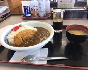 10月9日朝食(ファミリー食堂山田うどん食堂 かつカレー)