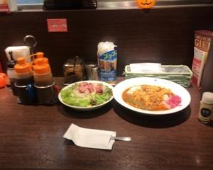 10月15日昼食(スパイスカレー THE Asia + スモークタンサラダ)