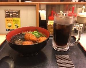 11月15日夕食(松のや 唐揚げそば + コカコーラ)