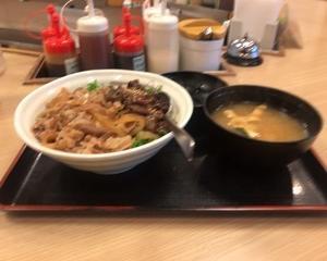 1月26日昼食(松屋 ぼっかけコンボ牛めし)