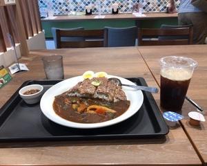 マイカリー食堂 スペシャルステーキカレー・アイスコーヒー
