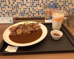 マイカリー食堂 ダブルステーキカレー(肉2倍)・自家製マンゴーラッシー