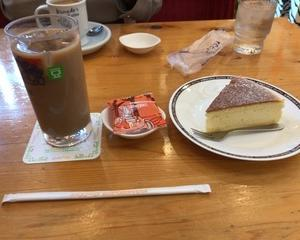 珈琲所コメダ珈琲店 かろやかチーズ・アイス豆乳オーレ
