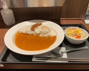 マイカリー食堂 ソーセージエッグカレー≪トマトクリームカレー≫
