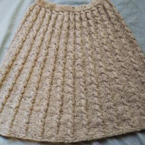 Mさんより、「スカートもマスクカバーも完成しました♪」 と、会からのお知らせ☆