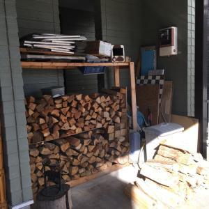 薪を買って来ました