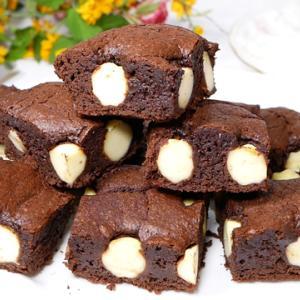 しっとり濃厚チーズブラウニー【板チョコとホットケーキミックスで作る】