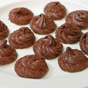 【簡単焼き菓子】材料3つで作る焼きチョコレートクッキー
