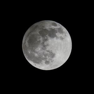 月と太陽のお話