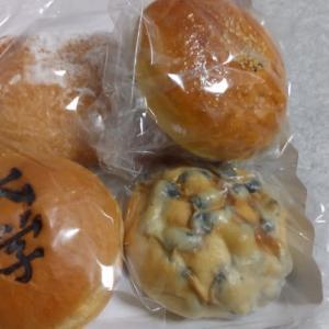 病院のパン屋さん (●^o^●)