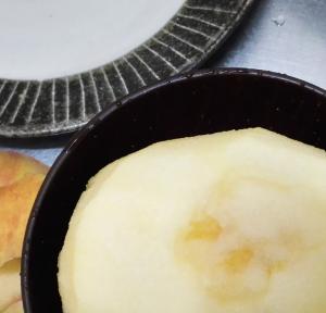 ボケたリンゴを美味しく食べるなら、すりおろしがオススメ。
