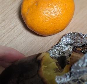 ミカンと焼き芋でクリスマス