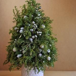クリスマスツリーはシンプルに