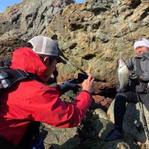 南極ガイドサービスの続き