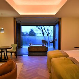 箱根仙石原 滞在できるレストラン「ザ・ひらまつ」のホテル宿泊記 客室