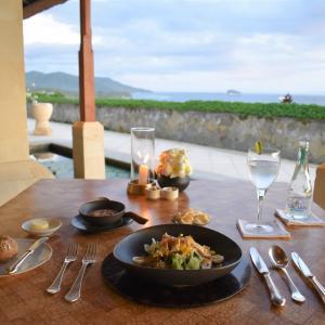 アマンキラ 美しいサンセットを眺めながらディナー