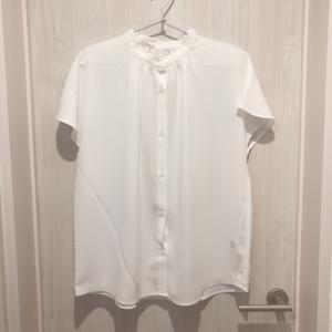 【GU夏服】トレンドのエアリーバンドカラーシャツ買い足しました!