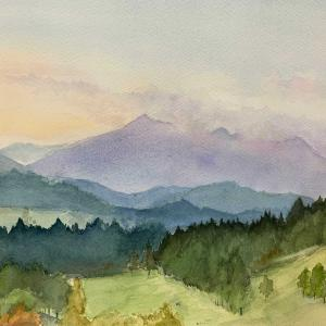 滋賀の朝の山