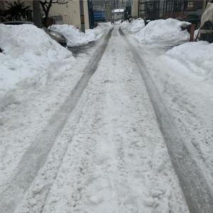 ぐちゃぐちゃ雪道