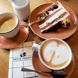 黒い森のケーキでカフェタイム「ERSTE FRACHT」(ドイツ・カールスルーエ)