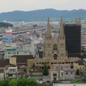 駅の真ん前にある「福山城跡15」