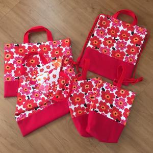 花柄☆絵本袋、靴袋2つずつ、ナップサック1つ出来上がり♪