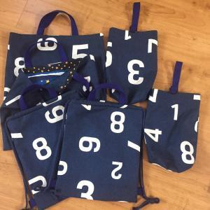 数字柄☆絵本袋、靴袋、ナップサック2セットずつ出来上がり♪
