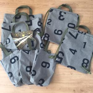 数字柄カーキ☆絵本袋、靴袋3点ずつ、ナップサック2点出来上がり♪
