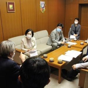 """◆はたの君枝衆院議員が人見綾瀬市教育長と""""コロナ禍における学校再開の課題などについて""""懇談"""