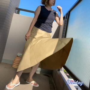 休日のスカート