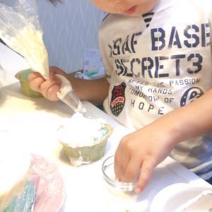 息子とデコシフォンケーキ作り♪公式レッスンも募集中!