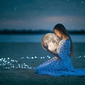〇乙女座満月〇 バラバラになって、ひとつになって、また、朝を迎える。