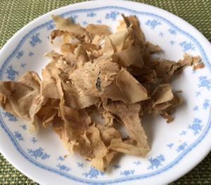 出汁を取った後の鰹節&西瓜の皮