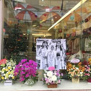 シルク刺繍のお店50周年、ベトナムの定番ティッシュ、酔って天井を撮る、竹製自転車セール中!(ここ最近の写真お蔵出し)