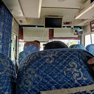 【ナムディン旅行6】奇跡?偶然にバスが通りかかる!ナムディン市内へ帰って、バスの時間確認して、またビール。