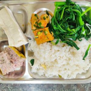 コムビンザン(庶民ビュッフェ食堂)写真集!豆腐1本食いが好きになりました(^o^)