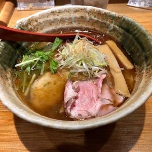 新宿「たかはし」の焼きあご塩らー麺。