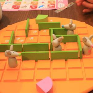 とにかく楽しい。本気になれるボードゲーム「Quoridor(コリドール)Kids」を紹介します。